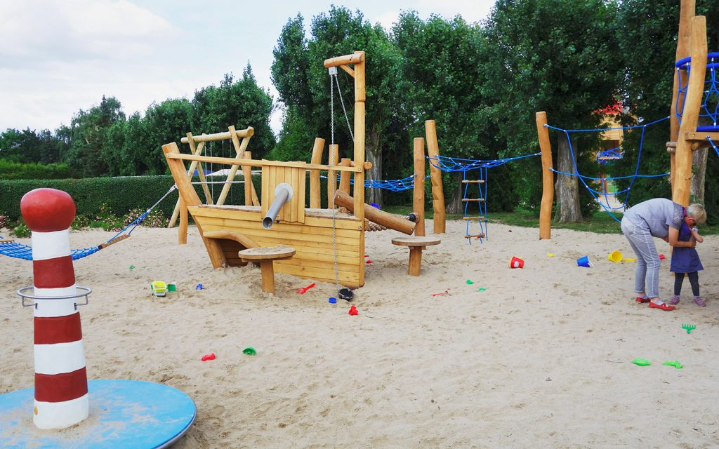 holz, wood, spielplatz, playground, camping, spielschiff, play ship