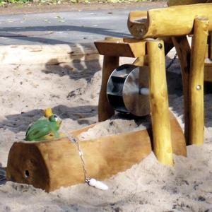 holz, wood, robinie, robinia, spielplatz, playground, Wassermatschanlage, water mashing unit