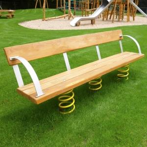 holz, wood, robinie, robinia, spielplatz, playground, wackelbank, wobbly bench