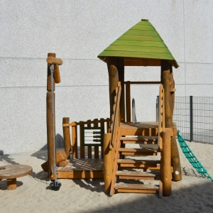 holz, wood, robinie, robinia, spielplatz, playground, spielanlage, multi unit, U3