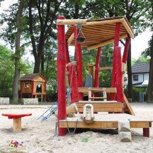 holz, wood, robinie, robinia, spielplatz, playground, sandbaustelle, sand building site