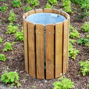 holz, wood, robinie, robinia, spielplatz, playground, papierkorb, dustbin
