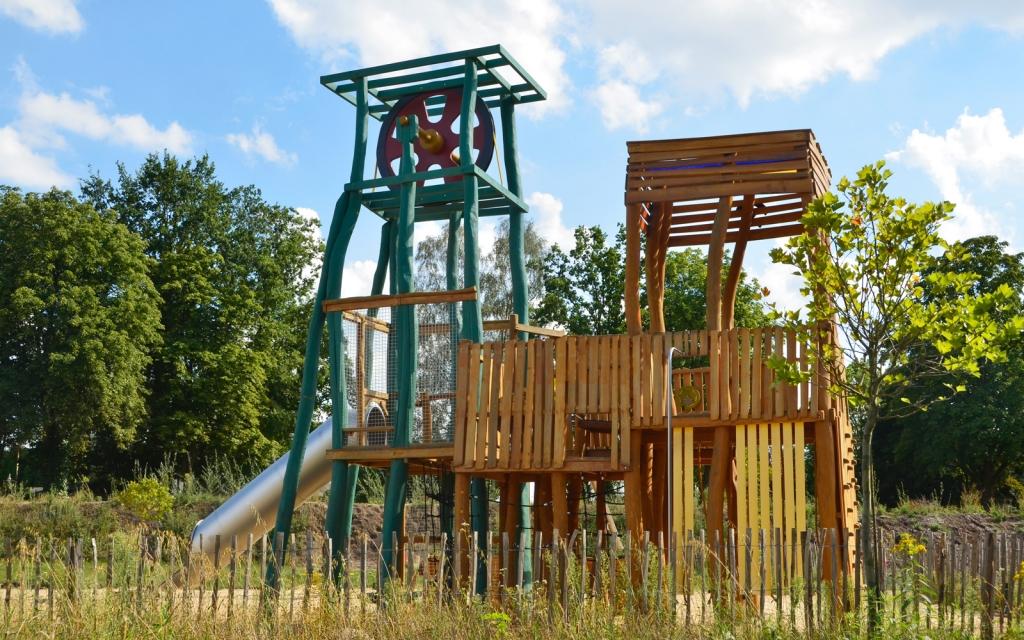 holz, wholz, wood, spielplatz, playground, camping, spielanlage, multi unit, bergwerk, mine