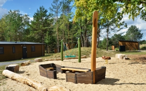 holz, wood, robinie, robinia, spielplatz, playground, fischerkahn, fisher boat
