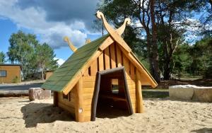 holz, wood, robinie, robinia, spielplatz, playground, tropical island resort, spreewald fischer dorf, spreewald fisher village