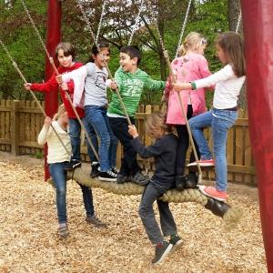 holz, wood, robinie, robinia, spielplatz, playground, schaukel, swing