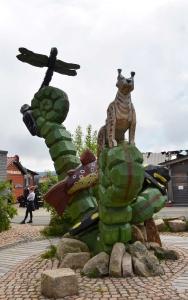 holz, wood, robinie, robinia, spielplatz, playground, skulpturen, sculptures, harz