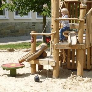 holz, wood, robinie, robinia, spielplatz, playground, spielkombination, multi unit