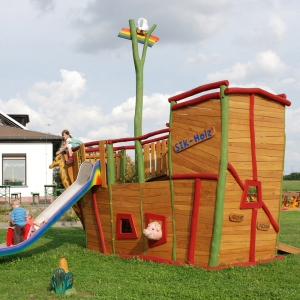 holz, wood, robinie, robinia, spielplatz, playground, spielschiff, play ship, arche, arc