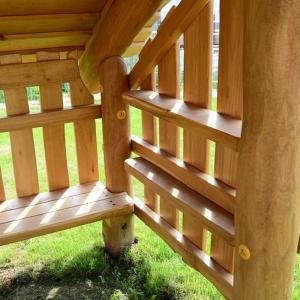 holz, wood, robinie, robinia, spielplatz, playground, spielhaus, playhouse, hofladen, farm shop