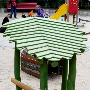holz, wood, robinie, robinia, spielplatz, playground, pavillon, pavilion, blatt, leaf