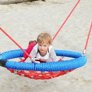 holz, wood, robinie, robinia, spielplatz, playground, mini schaukelkorb, mini swing basket