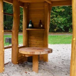 holz, wood, robinie, robinia, spielplatz, playground, spielanlage, multi unit, westernstadt, western city