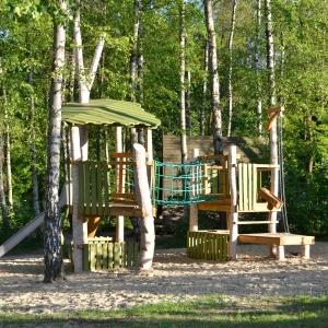 holz, wood, robinie, robinia, spielplatz, playground, spielanlage, multi unit, birkenwald, birch forest