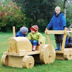 holz, wood, robinie, robinia, spielplatz, playground, spielmobil, play mobile, traktor