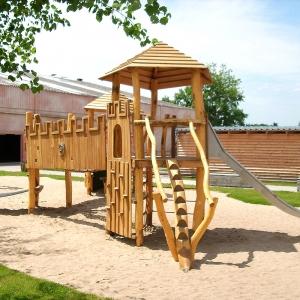 holz, wood, robinie, robinia, spielplatz, playground, spielanlage, multi unit, burg, castle