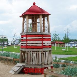 holz, wood, robinie, robinia, spielplatz, playground, spielanlage, multi unit, leuchtturm, lighthouse