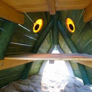 holz, wood, robinie, robinia, spielplatz, playground, spielanlage, multi unit, karpfen, karp