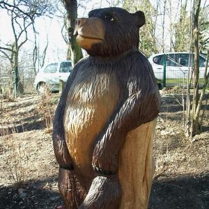 holz, wood, robinie, robinia, spielplatz, playground, spielskulptur, play sculpture, baer, bear