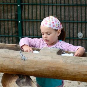 holz, wood, robinie, robinia, spielplatz, playground, wasserspielanlage, water play unit