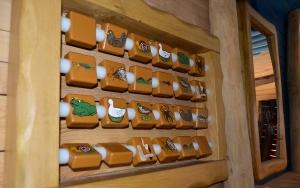 holz, wood, robinie, robinia, spielplatz, playground, indoor, memory, tintenfisch, octopus