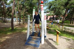 holz, wood, robinie, robinia, spielplatz, playground, ostsee, baltic sea, maritim, maritime, lauftrommel, running drum